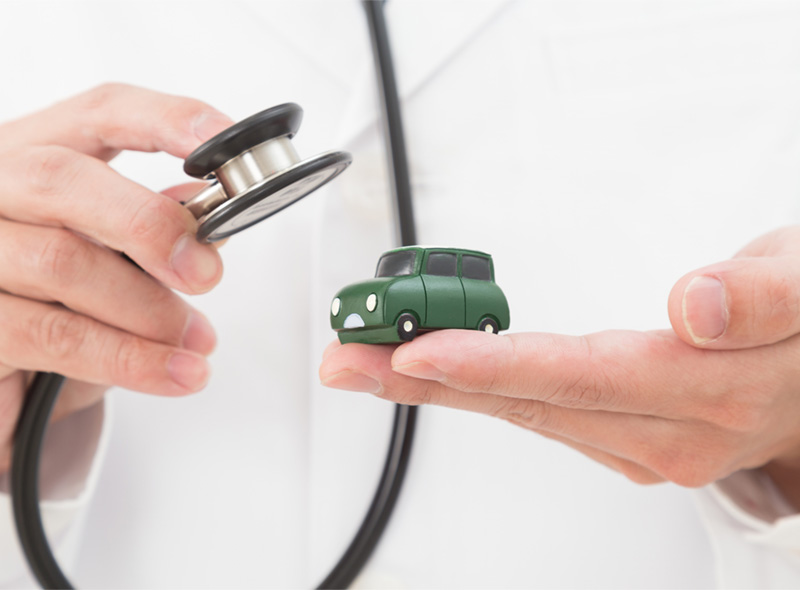 車の定期点検
